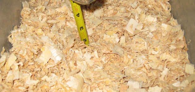 Pine Shavings is an excellent Rabbit Litter and Rabbit Nestbox bedding (underneath straw/hay).  The scientific explanation of why pine shavings are fine for bunnies.
