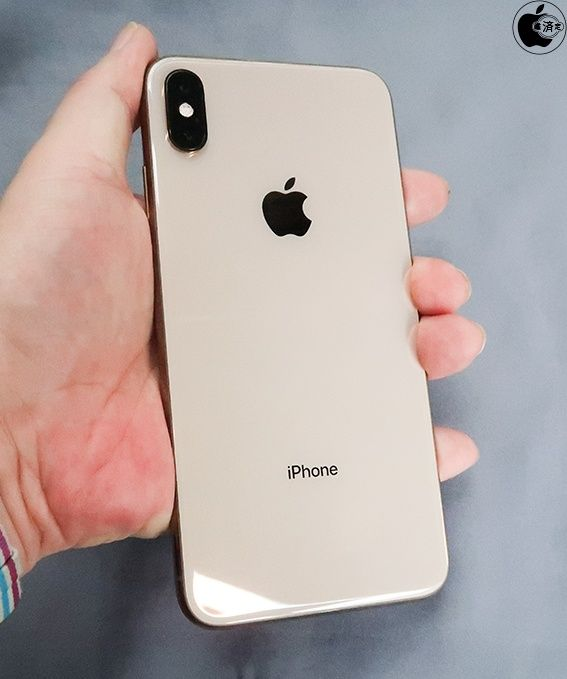 iPhone XSにiPhone X用ケースは使えるか検証