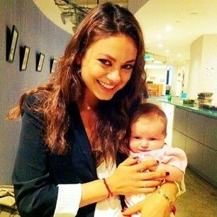 Mila and daughter Wyatt. (Photo: Mila Kunis Instagram)