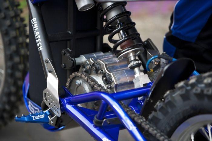 02-Pursuit-Moto movida a ar comprimido protótipo detalhes do motor