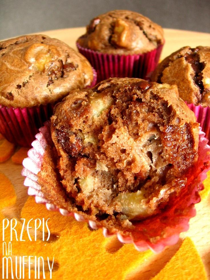 Muffiny wypełnone czekoladą i bananami / Muffins full of chocolate and bananas