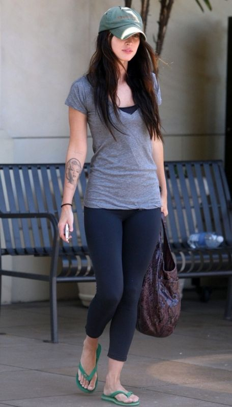Megan Fox wearing LnA Deep V-Neck Tee in Steel Grey Havaianas Brazil Top Flip Flops in Green