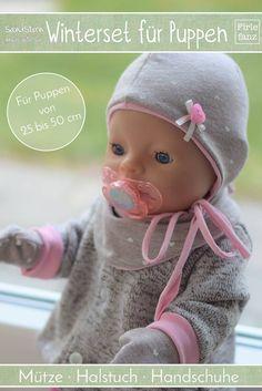 Freebook WInterset für Puppen der Größe 25 bis 50 cm. Das Puppenwinterset beinhaltet Mütze, Halstuch und Handschuhe für Puppen.