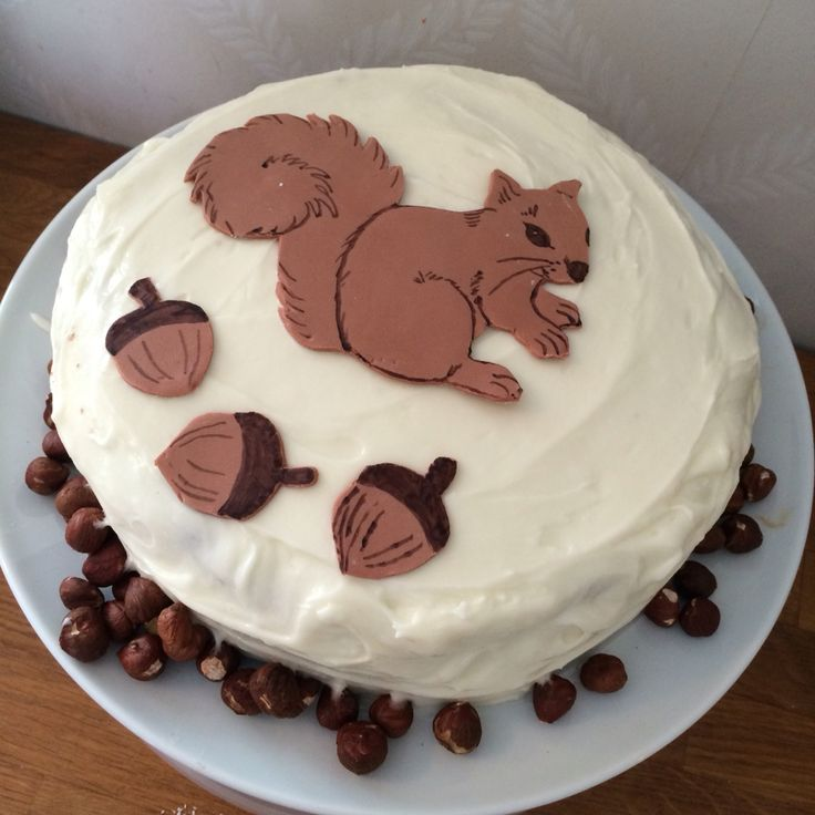 Cake Decorating Ideas With Nuts : Ekornkake ekorn kake squirrel cake nut nuts n?tter KAKE ...