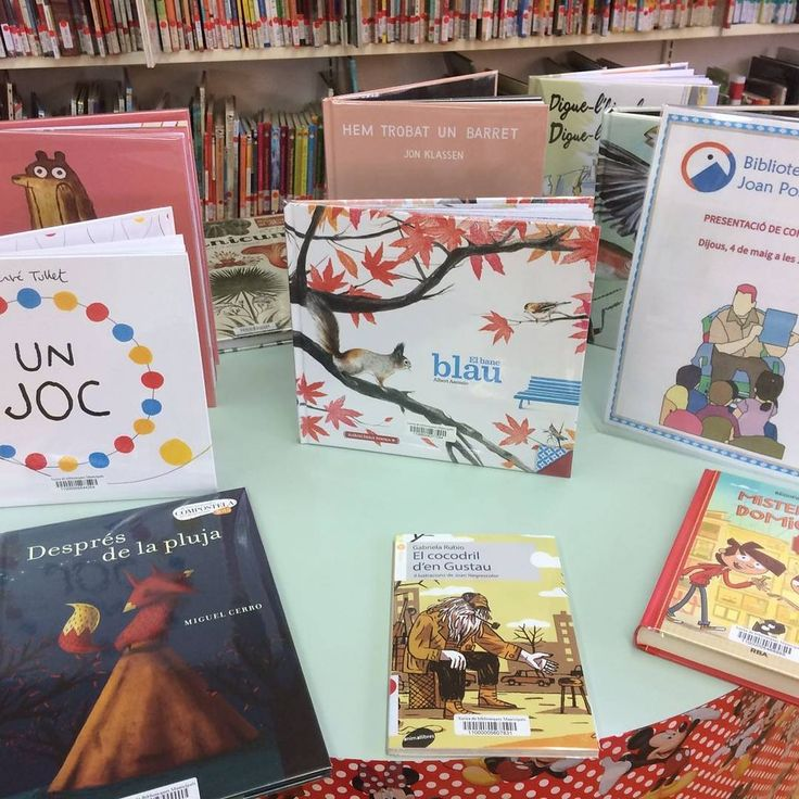 """Petitsllibres)  """"📚📓📗Ens encanta fer presentacions de novetats! 📕📓📘 #petitsllobs  #petitsllibres #lectura #biblioteca #infantil"""