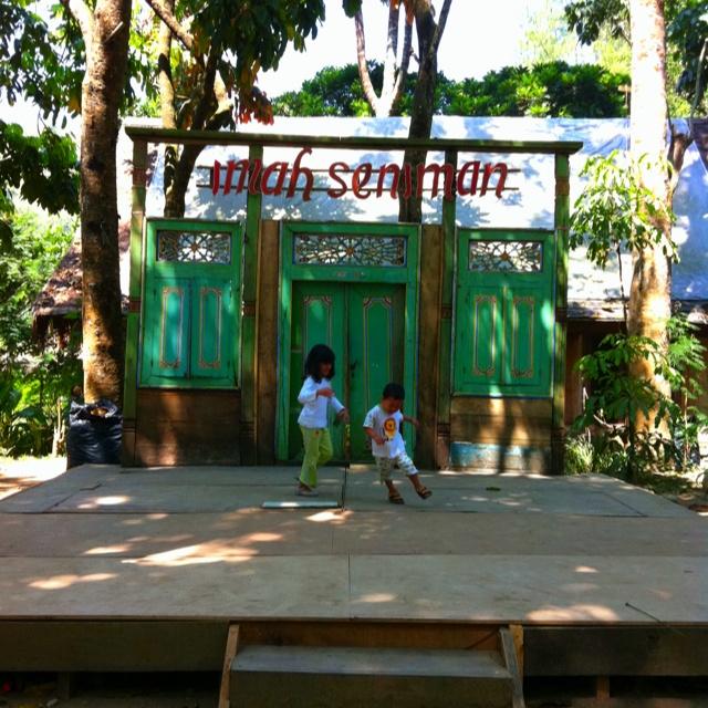 Imah Seniman, Lembang, Bandung
