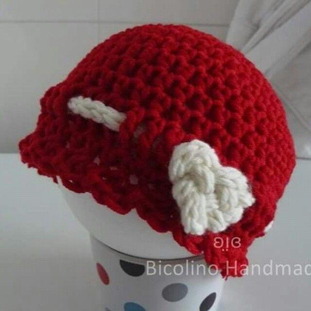 Valentine's knot heart crochet hat
