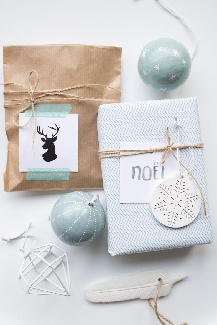 beautiful, simple Christmas gift wrap