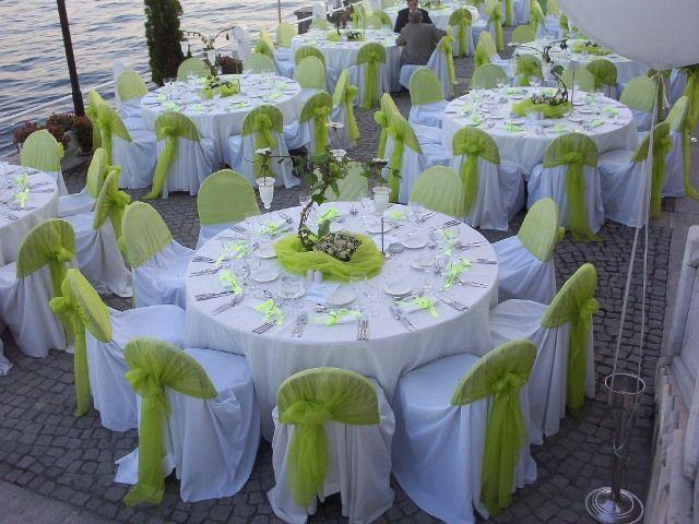 YEŞİL ve BEYAZ renklerde düğün salonları masa örtsü ve sandalyeleri kumaş giydirme ve kumaş süsleme dekorasyonu tekstil firmaları