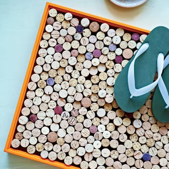 Wondering what to do with all those corks? Wine cork bathmat #recycled #diy