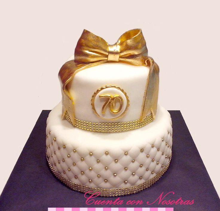 Torta 70 años Torta dorada