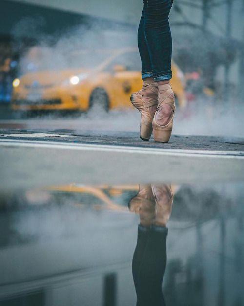 """""""Let's dance"""", Omar Z. Robles"""