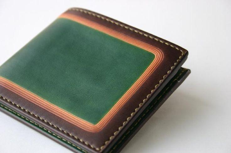手染め手縫い革の二つ折り財布 green Smart