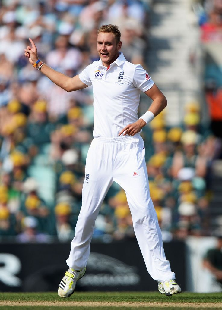 Stuart Broad removed Brad Haddin first ball, England v Australia, 5th Investec Test, The Oval, 5th day, August 25, 2013