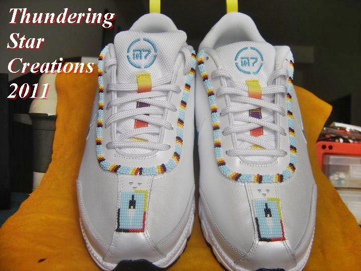 Nike N7 leather  walking  shoes