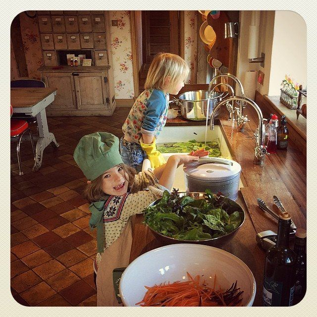 We love this photo from Jamie Oliver showing his children cooking at home. The Quooker Classic tap (furthest away) is so much safer around children; they can't tip it over like a kettle and it has a safety mechanism so they can't knock it on by accident. And it will really help with the cleaning up after they've finished cooking too!