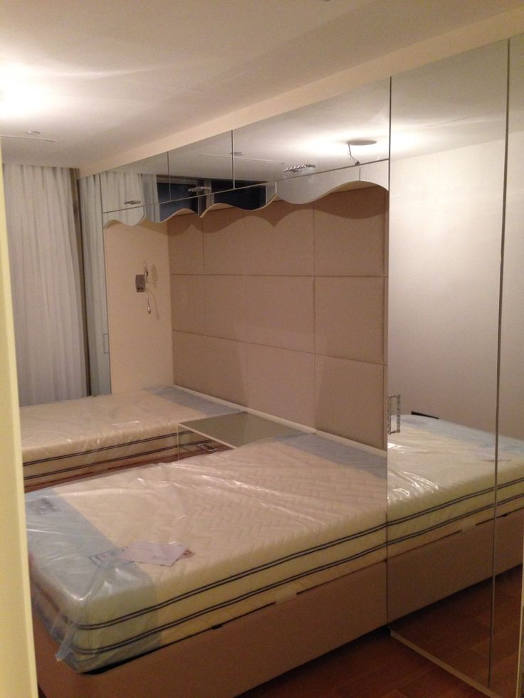 Custom bedroom furnitures