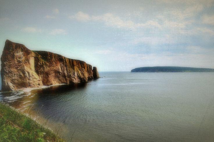 Le majestueux rocher percé, Percé, Gaspésie, Québec