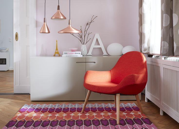 Bronze Eine So Edle Farbe Und Derzeit Der Absolute Trend Fr Lampen Leuchten In Jedem Wohnzimmer Rote Sessel Bunte Teppich Ergnzen Sie