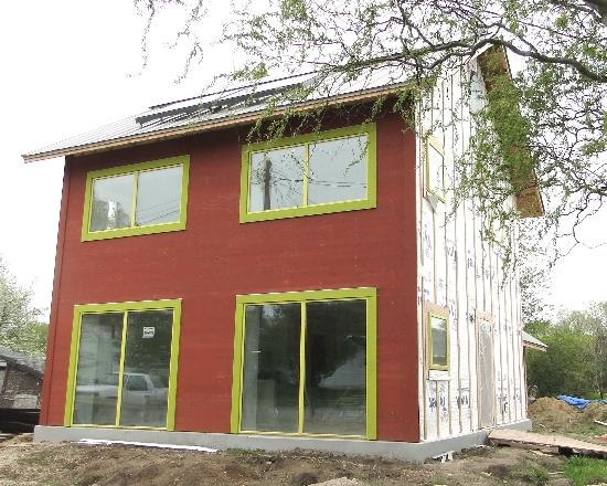82 best small homes images on pinterest small homes for Energy efficient kit homes