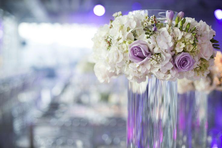 03.08.14 wedding Flowers: Alain Simon Fleurs Photography: Christina Esteban Photography