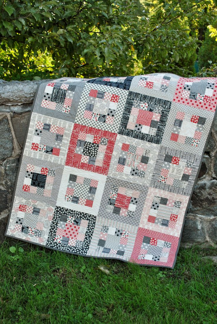 QUILT PATTERN.... Easy... one jelly roll ... Market Square. $9.00, via Etsy.