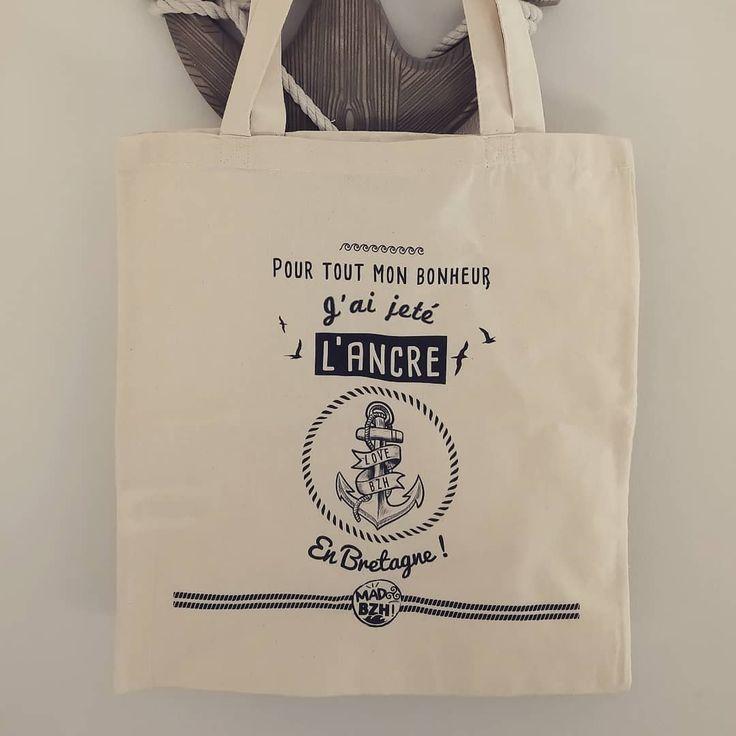 Le deuxième modèle de tote bag MAD BZH a jeté l'ancre sur le shop www.madbzh.com 🙃 #madbzh #totebag #bzh #breizh #morbihan #bretagne #breizhpower #bzh #creative #coton #graphicdesign #lifestyle #aaska