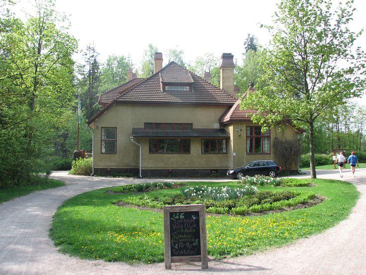 Villa Elfvikin, Espoon luontotalon kahvila palvelee viikonloppuisin ja tilauksesta. Olemme erikoistuneet luomu, kasvis ja vegaaniannoksiin.