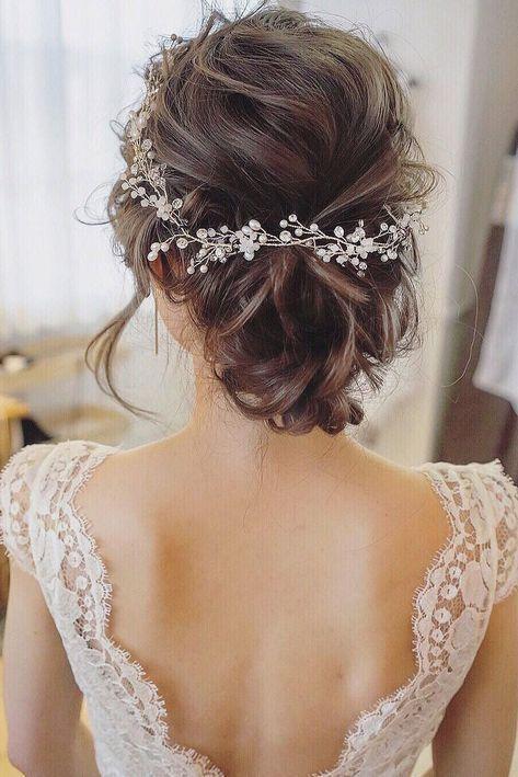Sweet Updo Hairstyles for Shorter Hair Brides #weddinghairstyles #BridalHairstyl…
