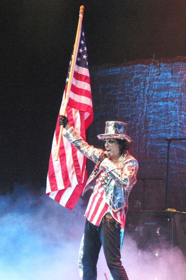 "#Media #Oligarchs #MegaBanks vs #Union #Occupy #BLM  Alice Cooper on 'Zombie' Hillary and Trump, 'Demented' Election, Golf   http://www.rollingstone.com/music/news/alice-cooper-on-zombie-trump-hillary-demented-election-w434186  ""People are going, 'I'm voting for Hillary 'cause I hate Trump,'"" says singer, who put out new version of 1972 hit ""Elected"" this year   Alice Cooper knows who he's voting for in November: Tom Hanks. ""I think I'm going to write his name in,"" he says, holding back"