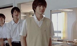 "Sota Fukushi x Kento Yamazaki, J drama based on a true story ""Yowakutemo Katemasu (We can win even if we're weak.)"", 2014."