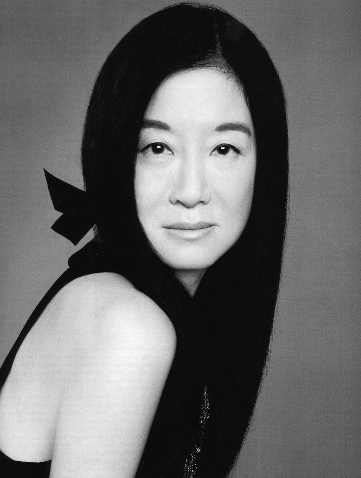 Vera Ellen Wang is an American fashion designer based in New York City. Vera Ellen Wang was born and raised in New York City, in 1949  and is of Chinese descent.