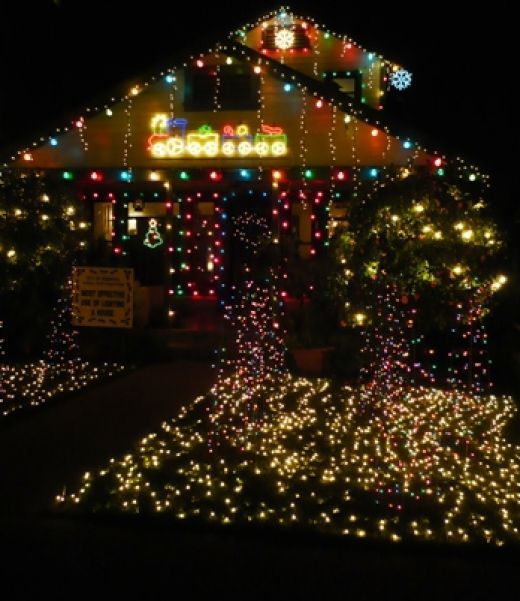 1000+ images about Christmas Decorations on Pinterest Outside, Front yards and Water balloons