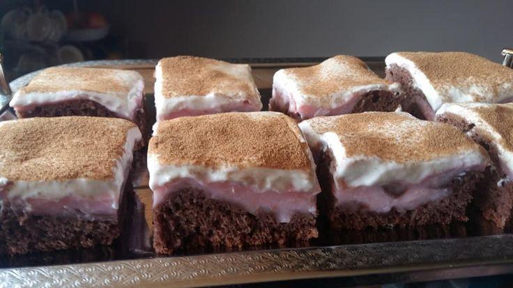 Kráter süti, avagy pudingos, tejfölös kedvenc! Már a látványa is ellenállhatatlan!