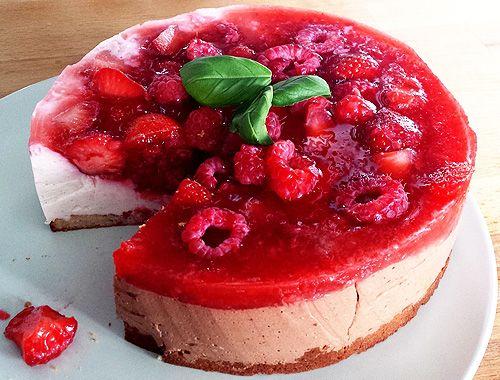 Pomysły na sernik na zimno – letni deser w pół godziny