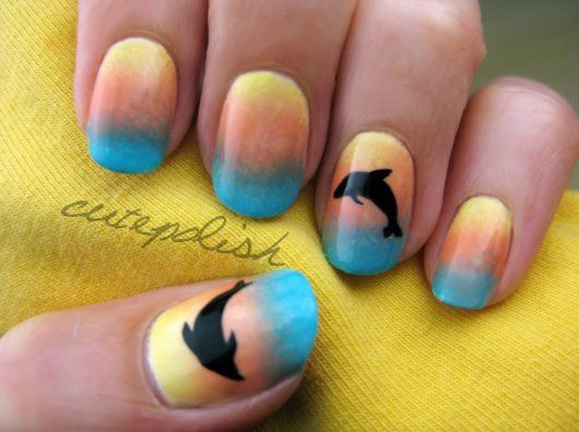 Sunset Dolphin Nails  Credits: CutePolish