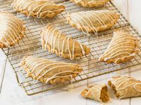 Make your holiday dessert even more simple with this Pumpkin Hand Pie recipe! This sweet treat features O Organics® 100% Pure Pumpkin, available exclusively at your local Albertsons, cream cheese, cinnamon and vanilla, making it the perfect on-the-go dessert this holiday season. Your friends and family will be begging for the recipe!