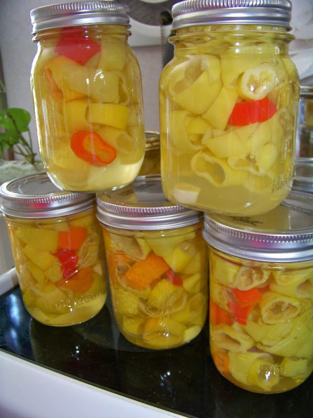 Canning Banana Peppers....better than store bought with no added dyes!