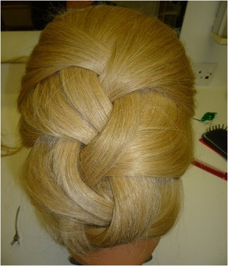 loose french plait