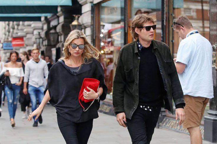 По слухам, 43-летняя Кейт Мосс вышла замуж за 30-летнего бойфренда   Журнал Cosmopolitan