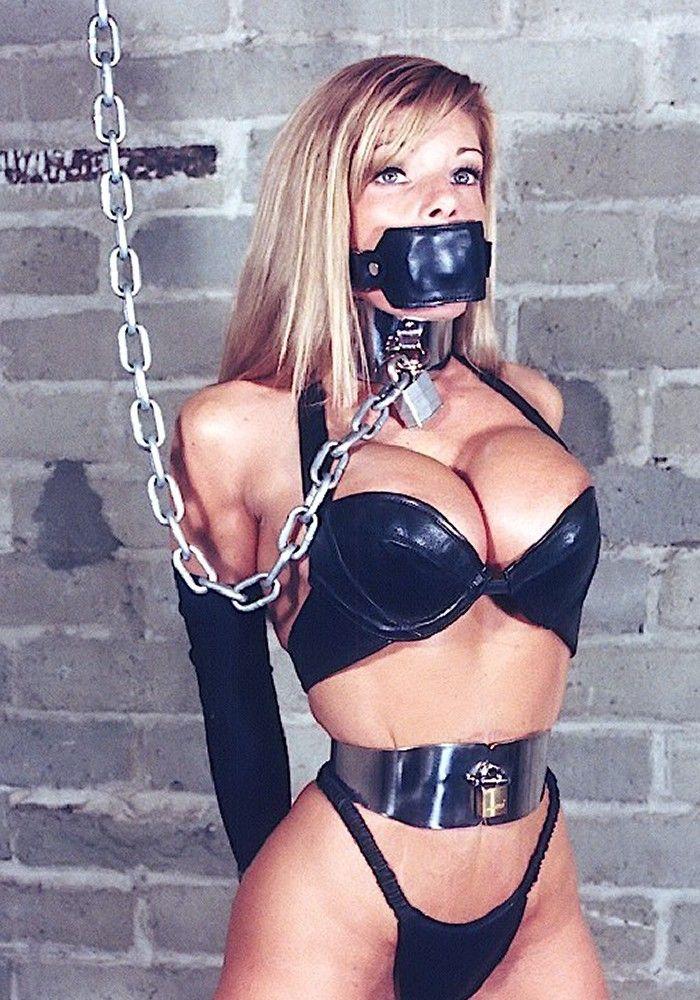 Models in chain bondage