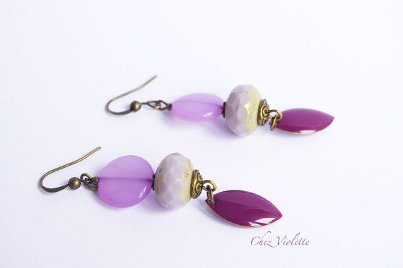 Purple simple earrings Elegant minimal modern jewelry Glass enamel beads  • 1 pair of earrings with bronze French ear wire • with purple glass beads