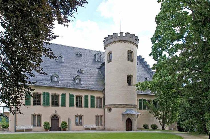 Panoramio - Photo of Rödental (Schloss Rosenau)
