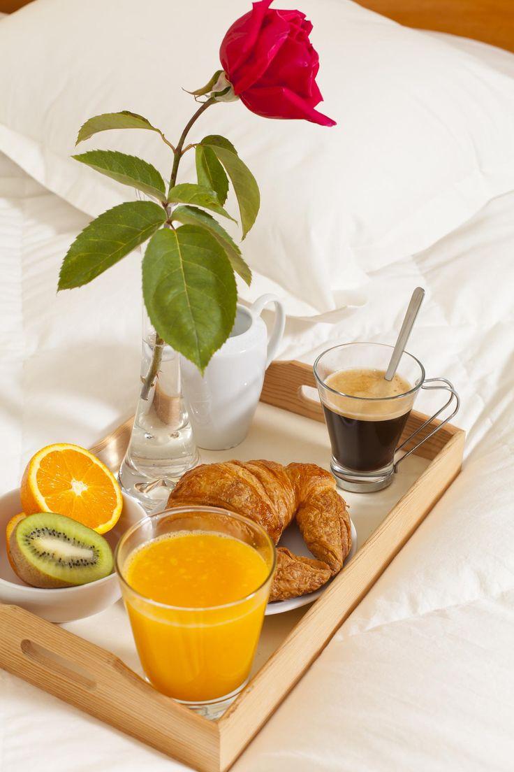 Que tal um café da manhã na cama.... Principalmente num dia chuvoso como hoje....