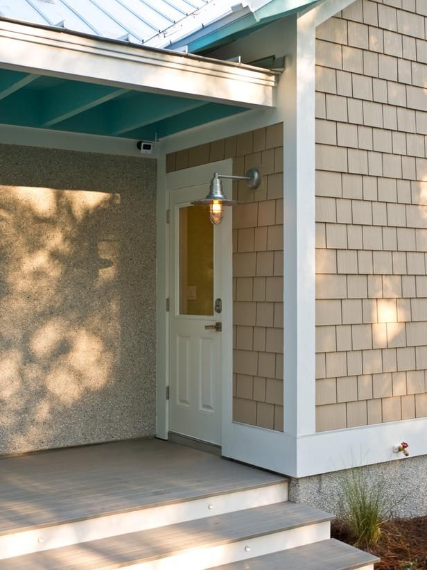 Barn light hgtv smart home 2013 garage exterior pictures on hgtv