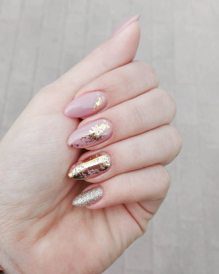 neutral pink and gold nails - manicure - metallic - nail art