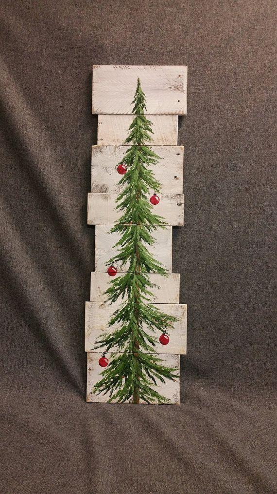 Weiß gewaschen, rote Zwiebeln, Christmas Pine tree zurückgefordert Holz Palette Kunst, Weihnachten handgemalt, Upcycled, Wandkunst, Distressed Original Acrylbild auf aufgearbeiteten Paletten Bretter. Dieses einzigartige Stück ist 36 X apprx. 12 Dieser Weihnachtsbaum mit roten Zwiebeln auf einem weißen Hintergrund eignet sich für einen personalisierten rustikalen Touch zu Ihrer Weihnachts-Dekoration. Perfekt für die dünne Wand-Raum oder einfach an die Wand lehnen. Alle meine Kreationen…