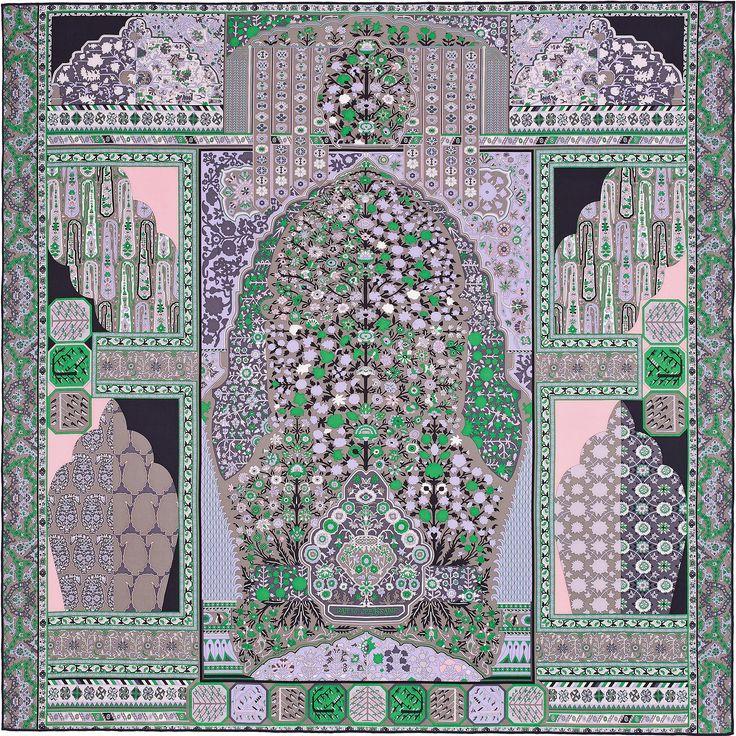 2014 F/W | Tapis Persans《ペルシャ絨毯》| カレ・ジェアン ツイル・プリュム | シルク 100% | カラー:リラ/アントラシト/グリーン Lila's/Anthracite/Vert | サイズ:140×140cm | デザイナー: Pierre-Marie | 商品番号 : H432883S 09 | ¥110,160