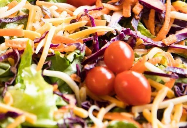 فراخ بالخضار وصوص الصويا يقدم لكي 8220 طبخ صح 8221 وجبة لذيذة على الغداء وهى فراخ بالخضار مع صوص الصويا طريقة إعدادها سهلة جدا جربي Vegetables Food Tomato