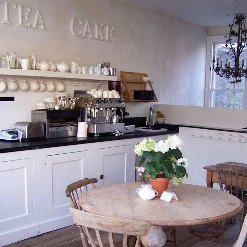 i gigi Café                                                            31A Western Road, Hove, East Sussex (England)